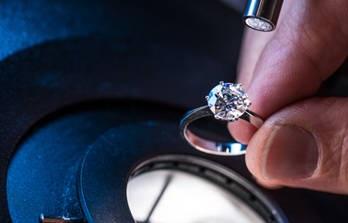 diamond ring under microscope